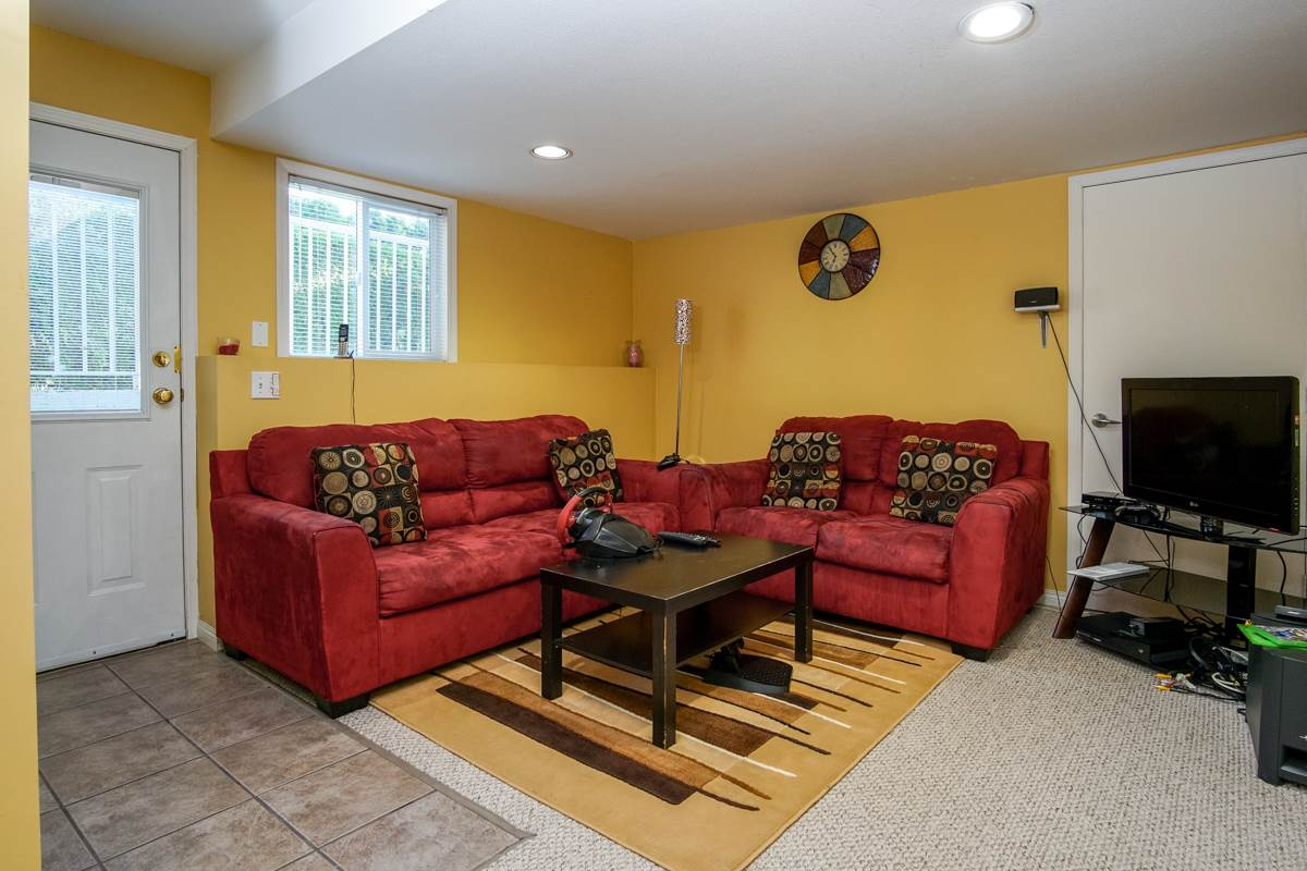 Photo 16: 31466 UPPER MACLURE Road in Abbotsford: Abbotsford West House for sale : MLS® # R2179311