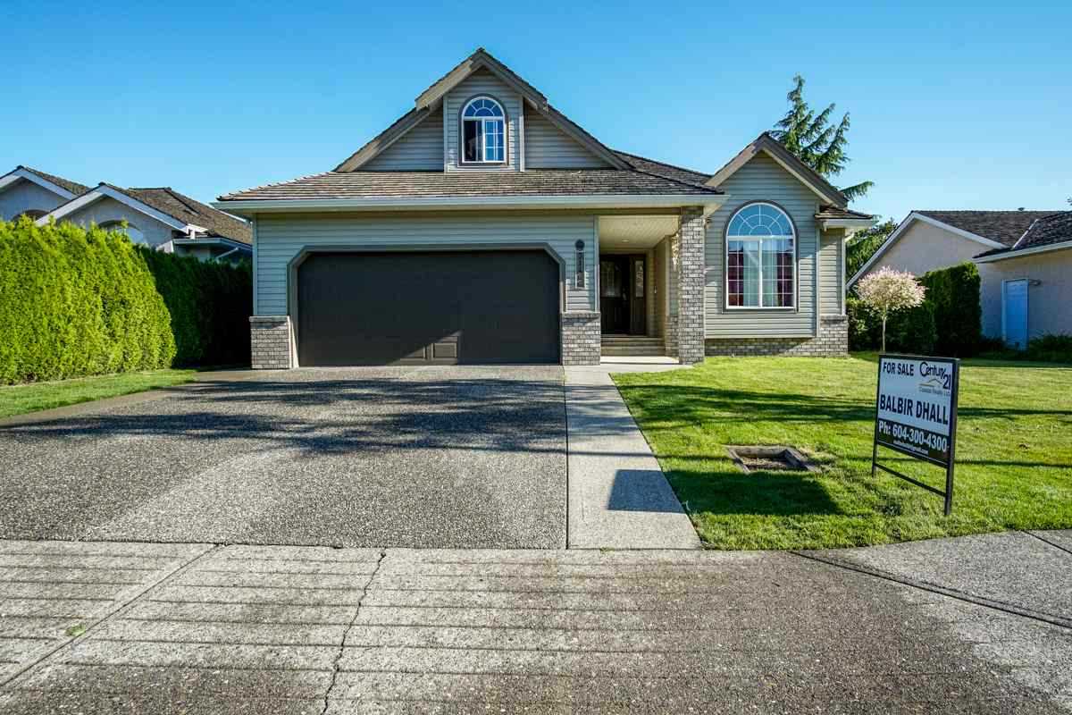 Main Photo: 31466 UPPER MACLURE Road in Abbotsford: Abbotsford West House for sale : MLS® # R2179311