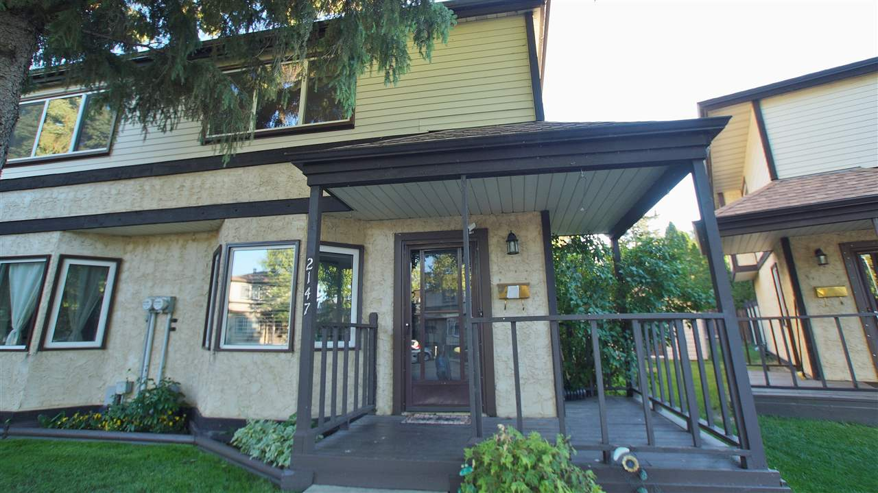 Main Photo:  in Edmonton: Zone 35 Townhouse for sale : MLS(r) # E4070889