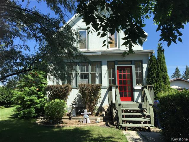 Main Photo: 212 KERR Avenue in Dauphin: Residential for sale (R30 - Dauphin and Area)  : MLS®# 1720526