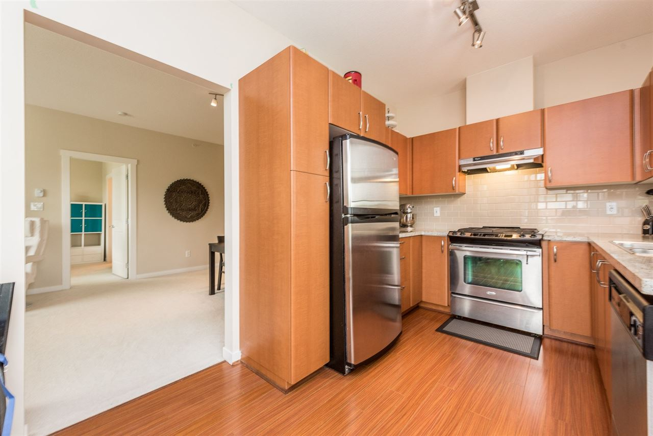 "Photo 10: 410 4728 DAWSON Street in Burnaby: Brentwood Park Condo for sale in ""MONTAGE"" (Burnaby North)  : MLS® # R2194962"
