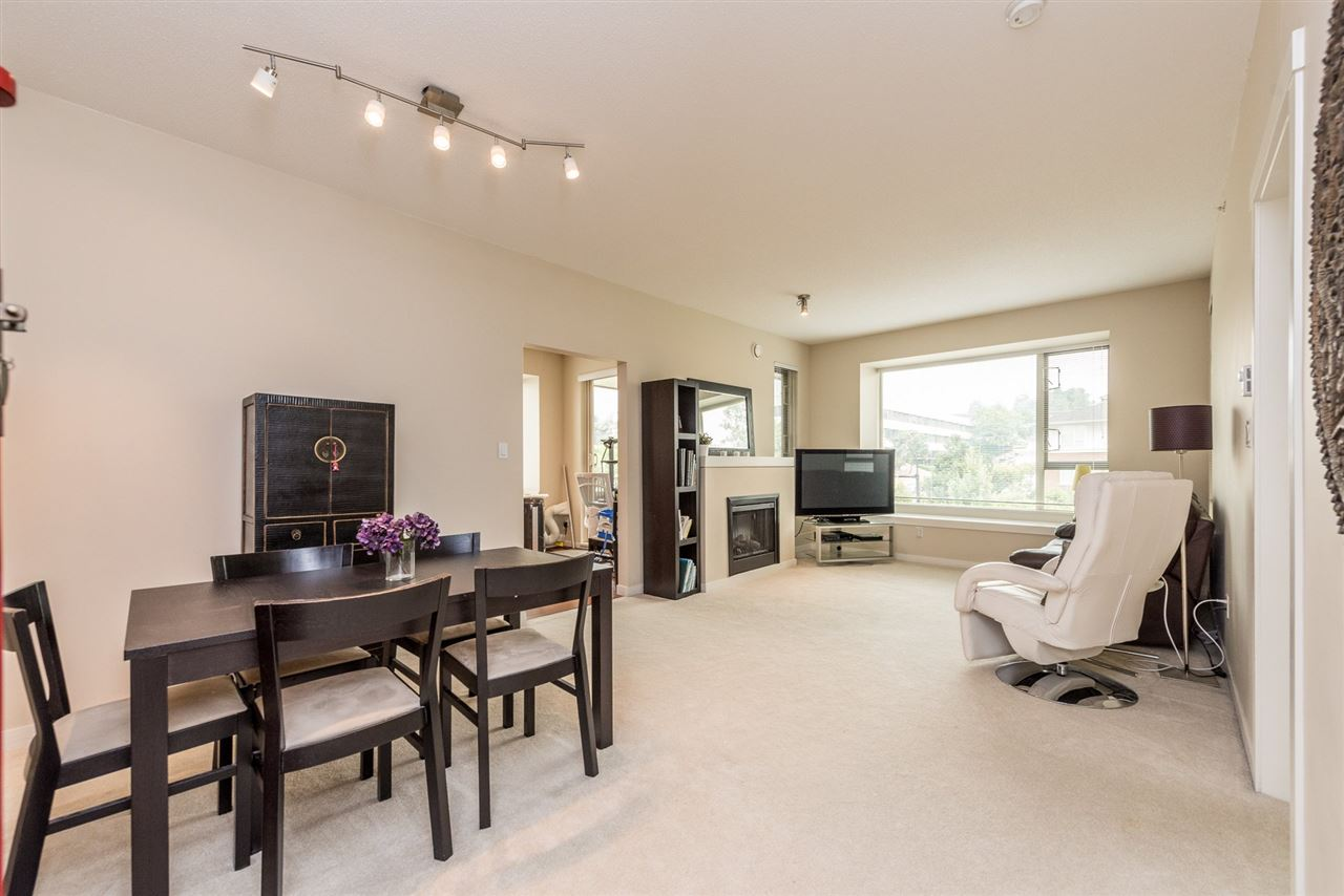 "Photo 7: 410 4728 DAWSON Street in Burnaby: Brentwood Park Condo for sale in ""MONTAGE"" (Burnaby North)  : MLS® # R2194962"