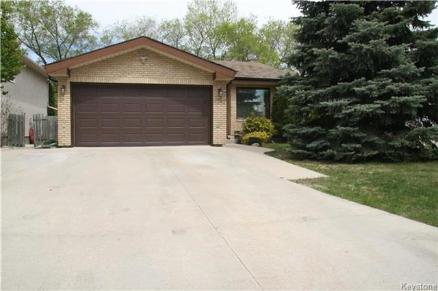 Main Photo: 307 Rutledge Crescent in Winnipeg: Harbour View South Residential for sale (3J)  : MLS® # 1721920