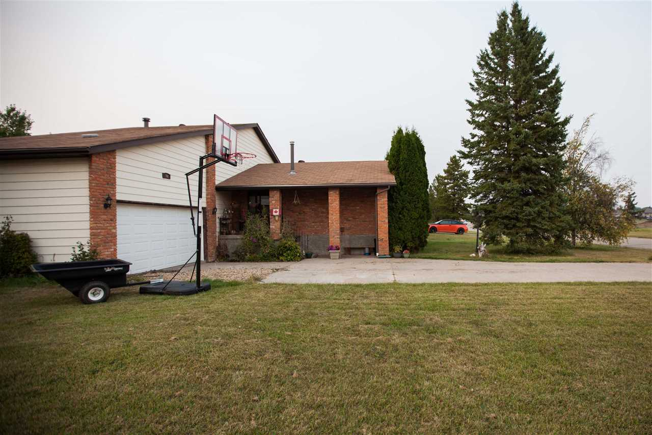 Photo 2: 80 Mill Road: Cardiff House for sale : MLS® # E4081396