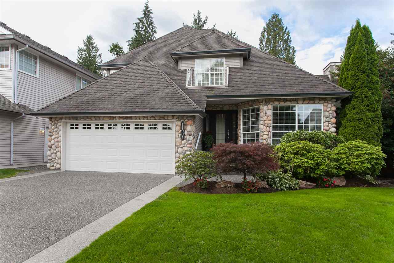 "Main Photo: 21004 86 Avenue in Langley: Walnut Grove House for sale in ""Manor Park"" : MLS® # R2206551"