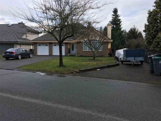 Main Photo: 9416 163A Street in Surrey: Fleetwood Tynehead House for sale : MLS® # R2240493