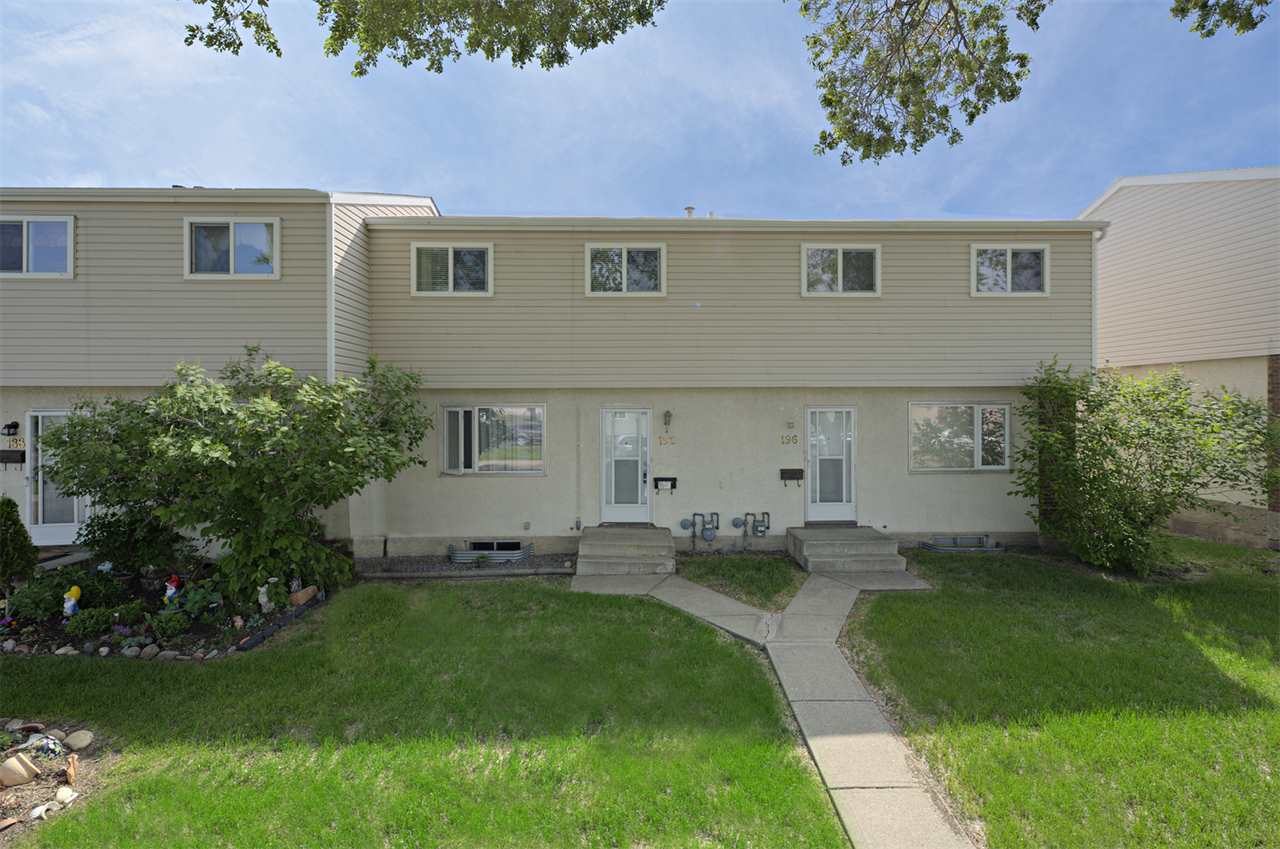 Main Photo: 192 HABITAT Crescent in Edmonton: Zone 35 Townhouse for sale : MLS®# E4117435