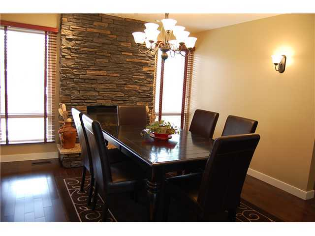 Photo 4: Photos: 332 Parkridge Way SE in CALGARY: Parkland House for sale (Calgary)  : MLS(r) # C3493135
