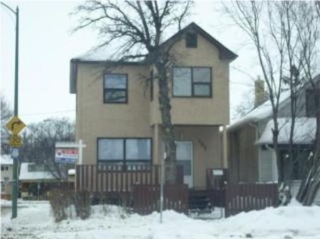 Main Photo: 105 Talbot ST in Winnipeg: Residential for sale (East Kildonan)  : MLS® # 1001406