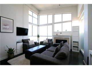 Main Photo: 7077 Beresford St in Burnaby: Highgate Condo for sale (Burnaby South)  : MLS(r) # V972421