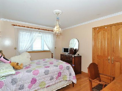 Photo 7: 649 O'connor Dr in Toronto: O'Connor-Parkview Freehold for sale (Toronto E03)  : MLS(r) # E2688704