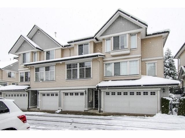 "Photo 18: 26 8383 159 Street in Surrey: Fleetwood Tynehead Townhouse for sale in ""Avlon Woods by Polygon"" : MLS(r) # F1404431"