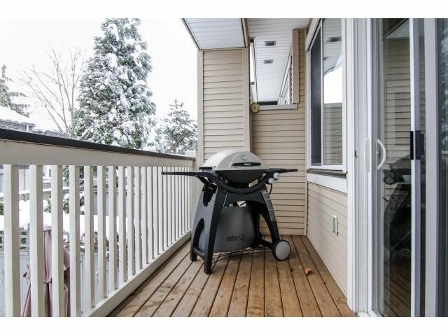 "Photo 16: 26 8383 159 Street in Surrey: Fleetwood Tynehead Townhouse for sale in ""Avlon Woods by Polygon"" : MLS(r) # F1404431"