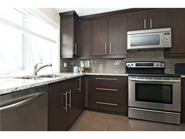 Photo 4: 6043 LAKEVIEW Drive SW in CALGARY: Lakeview Residential Detached Single Family for sale (Calgary)  : MLS® # C3604222