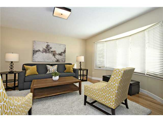Photo 9: 6043 LAKEVIEW Drive SW in CALGARY: Lakeview Residential Detached Single Family for sale (Calgary)  : MLS® # C3604222