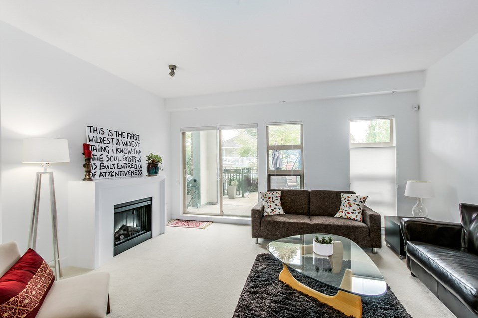 "Photo 3: 119 738 E 29TH Avenue in Vancouver: Fraser VE Condo for sale in ""CENTURY"" (Vancouver East)  : MLS(r) # R2003919"