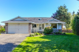 Main Photo: 16446 10A Avenue in Surrey: King George Corridor House for sale (South Surrey White Rock)  : MLS(r) # R2005253