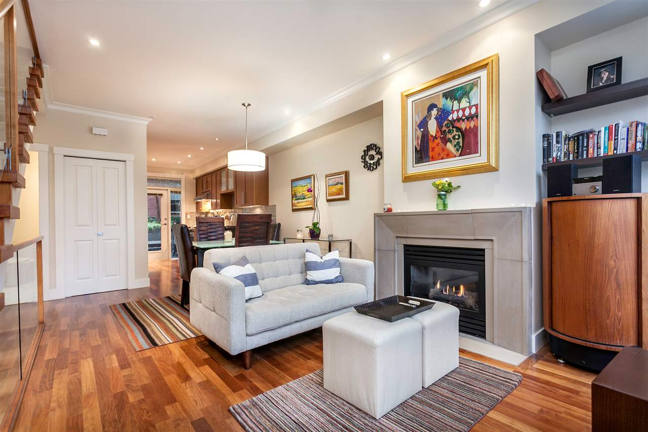 "Main Photo: 1958 W 5TH Avenue in Vancouver: Kitsilano Townhouse for sale in ""THE EDGE ON FIFTH AVENUE"" (Vancouver West)  : MLS(r) # R2014242"