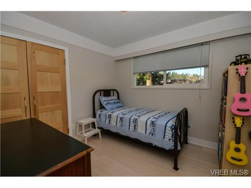 Photo 16: 540 Treanor Avenue in VICTORIA: La Thetis Heights Single Family Detached for sale (Langford)  : MLS® # 358976