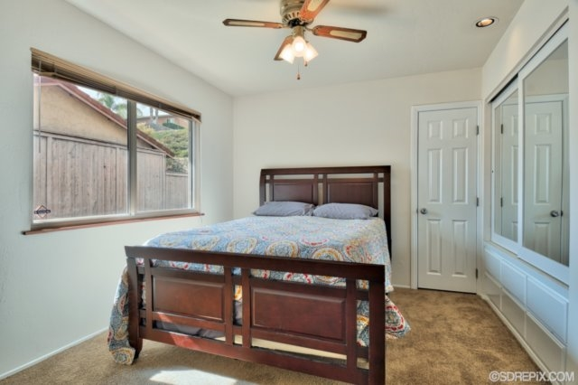 Photo 21: SPRING VALLEY House for sale : 3 bedrooms : 2717 Moundview Pl