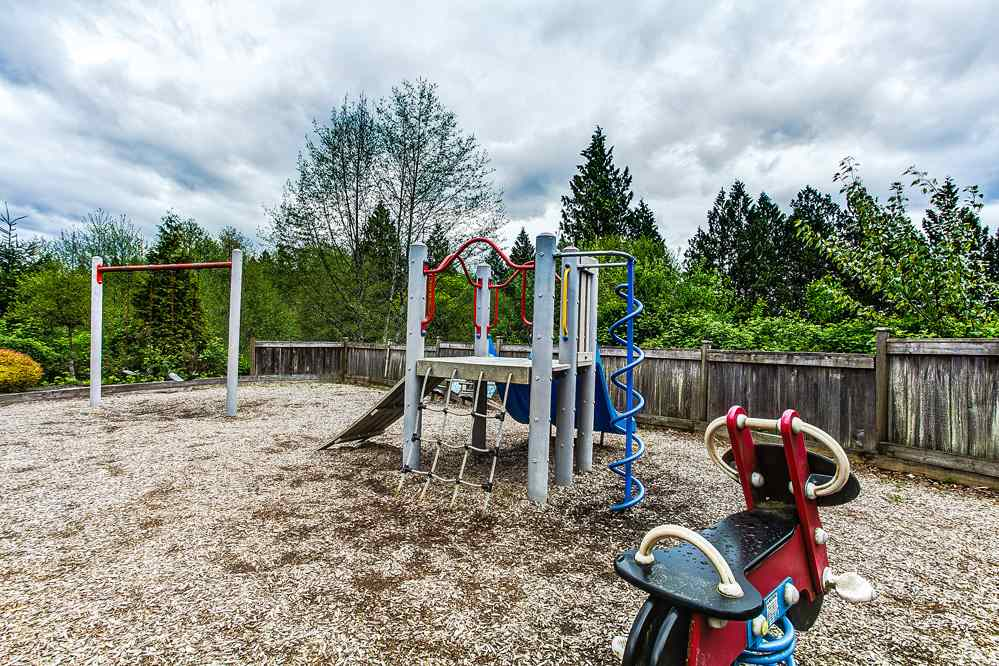 "Photo 20: 48 11282 COTTONWOOD Drive in Maple Ridge: Cottonwood MR Townhouse for sale in ""The Meadows at Vergin's Ridge"" : MLS® # R2057366"