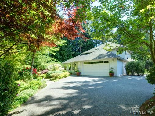 FEATURED LISTING: 7349 SEABROOK Rd SAANICHTON