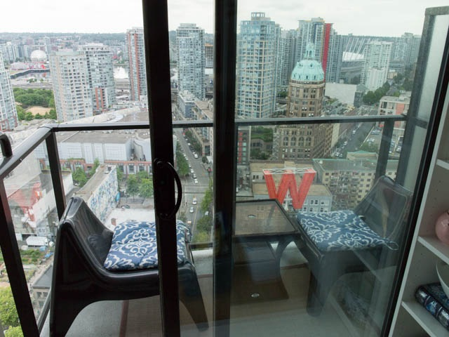 "Photo 12: 2804 108 W CORDOVA Street in Vancouver: Downtown VW Condo for sale in ""WOODWARDS"" (Vancouver West)  : MLS(r) # R2077577"