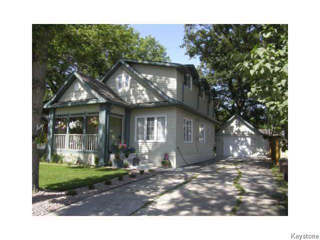 Main Photo: 11 St Mark's Place in Winnipeg: Residential for sale (2C)  : MLS® # 1621411