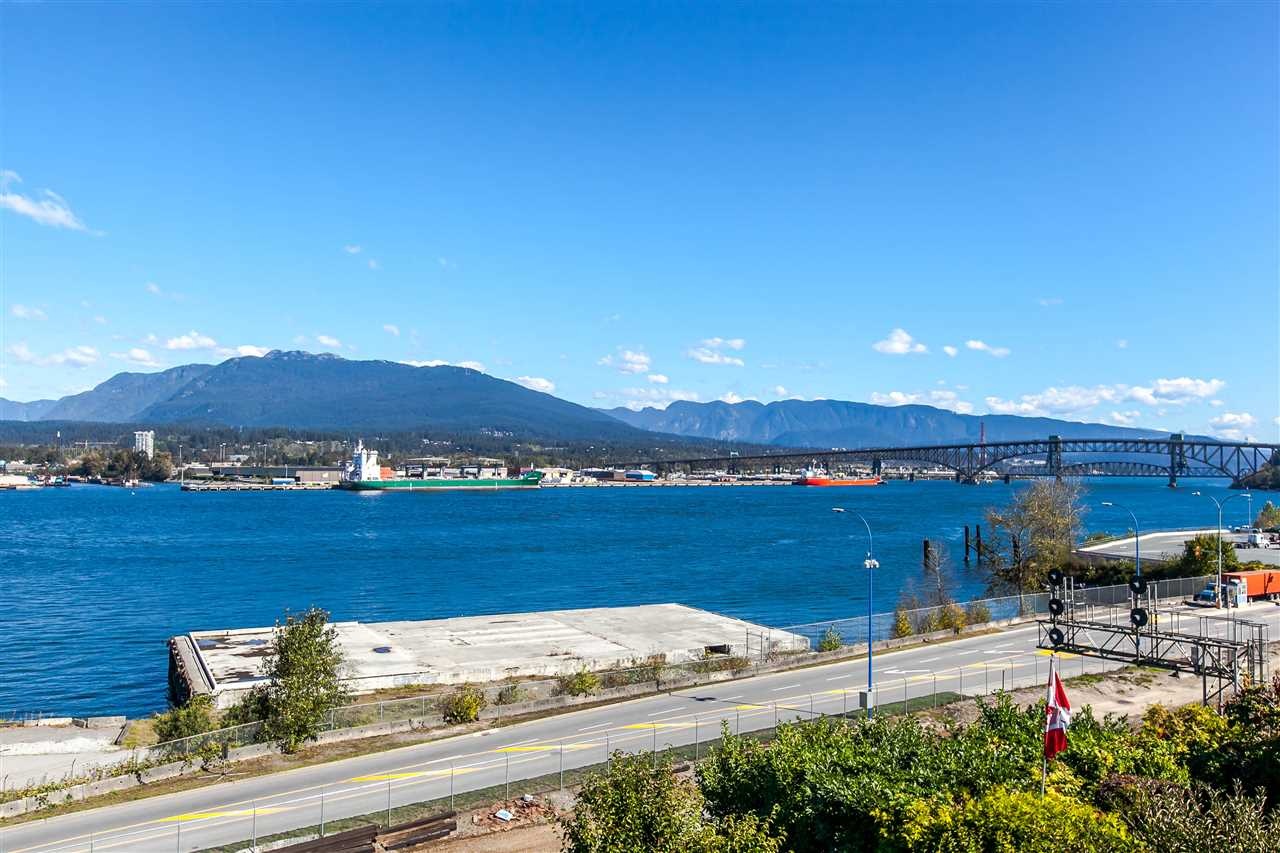 Photo 4: 2803 WALL Street in Vancouver: Hastings East House for sale (Vancouver East)  : MLS® # R2111739