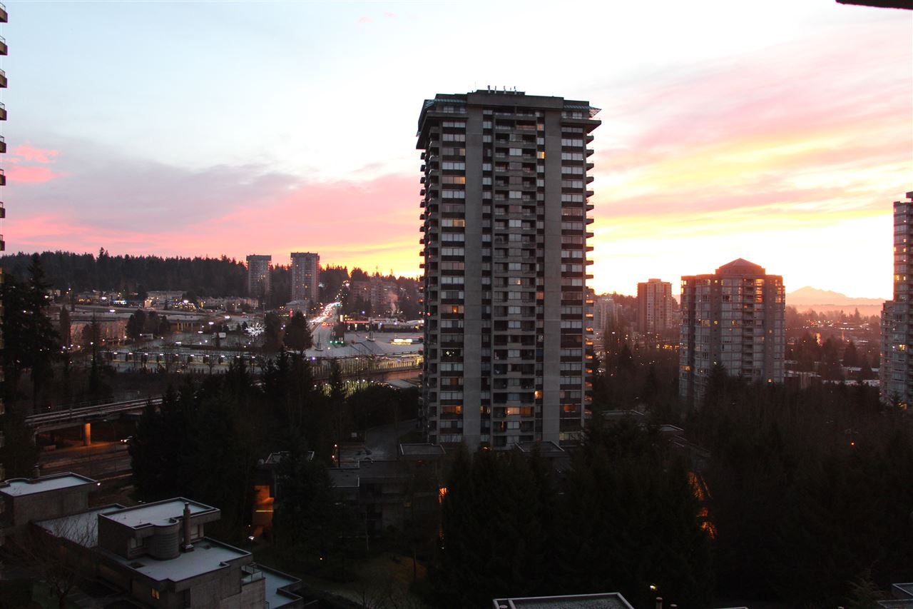 FEATURED LISTING: 807 - 3980 CARRIGAN Court Burnaby