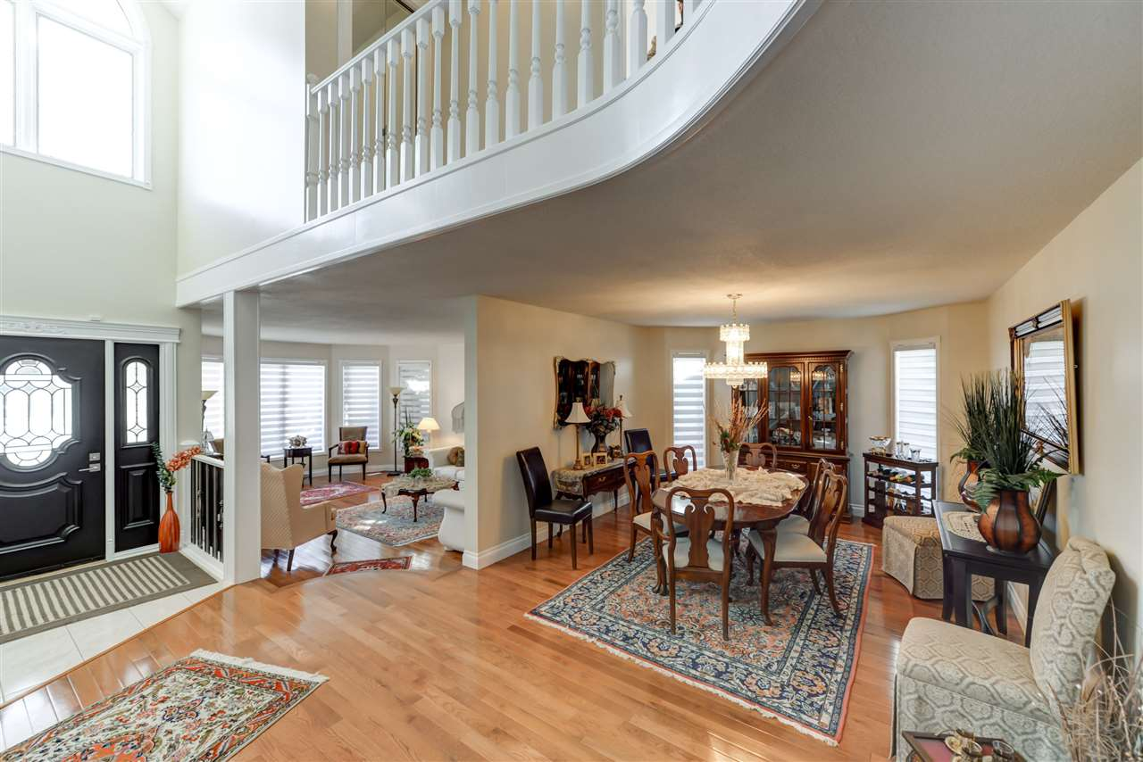 A large and open dining room for entertaining family and friends in style.