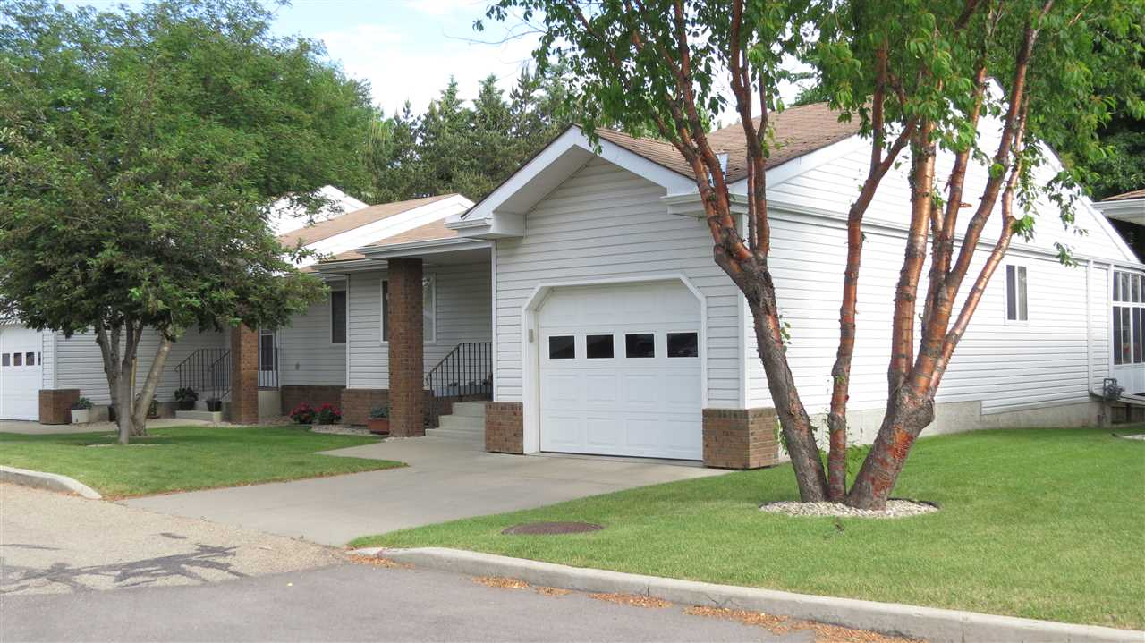 Main Photo: 6 903 109 Street in Edmonton: Zone 16 House Triplex for sale : MLS(r) # E4068865