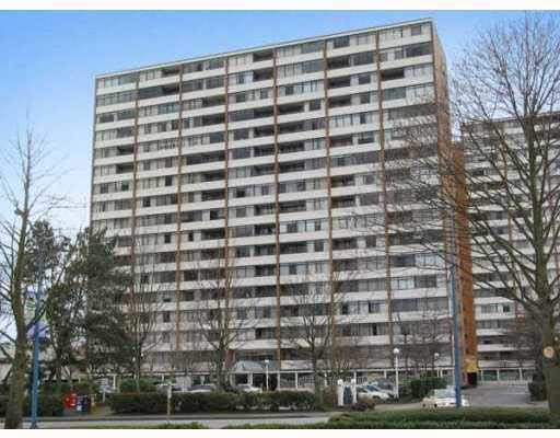 "Main Photo: 711 6611 MINORU Boulevard in Richmond: Brighouse Condo for sale in ""REGENCY PARK TOWERS"" : MLS(r) # R2179278"