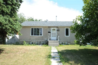 Main Photo: 10731 154 Street in Edmonton: Zone 21 House for sale : MLS® # E4075341