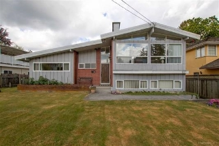 Main Photo: 1217 COTTONWOOD Avenue in Coquitlam: Central Coquitlam House for sale : MLS®# R2199271