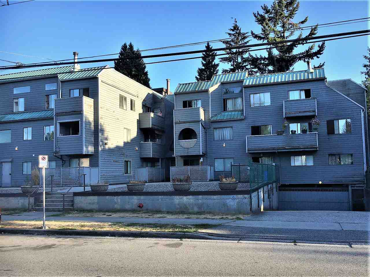"Main Photo: 103 1948 COQUITLAM Avenue in Port Coquitlam: Glenwood PQ Condo for sale in ""COQUITLAM PLACE"" : MLS® # R2201314"