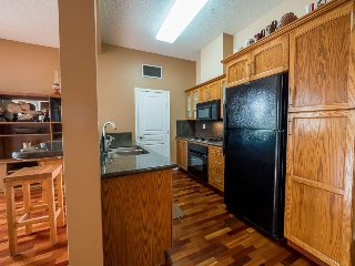 Gas Range, Wall Oven, Oak Cabinets, Wall Oven
