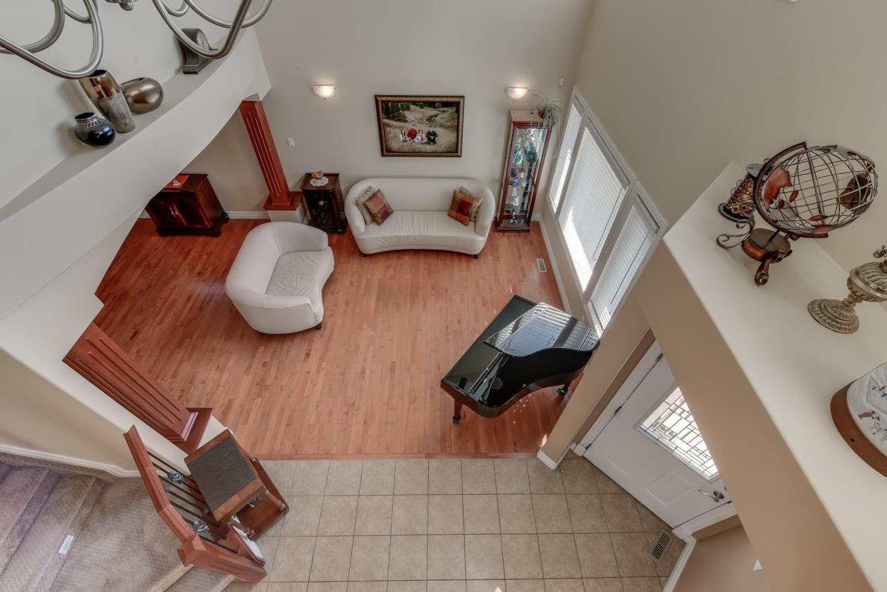 Photo 10: 1685 HECTOR Road in Edmonton: Zone 14 House for sale : MLS® # E4081021