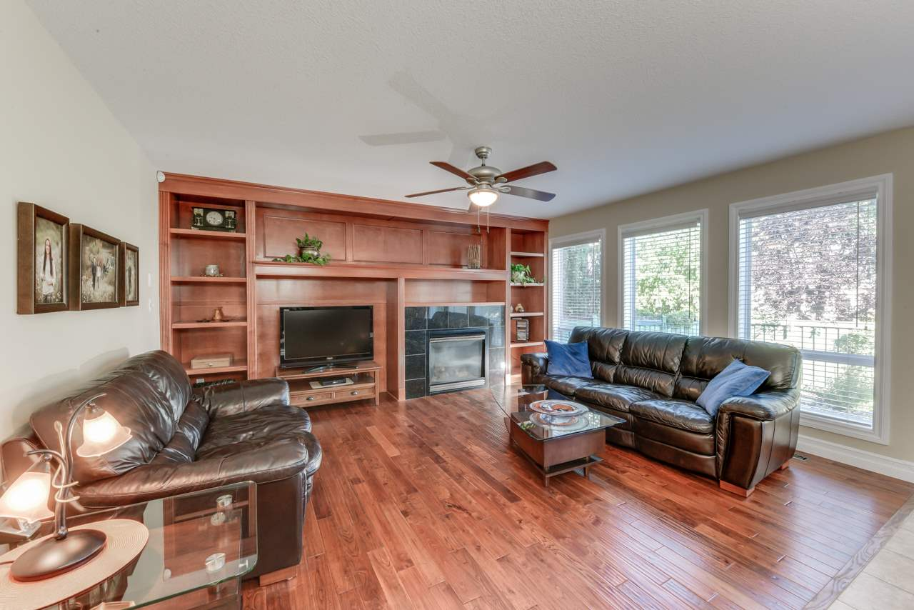 Photo 13: 1685 HECTOR Road in Edmonton: Zone 14 House for sale : MLS® # E4081021