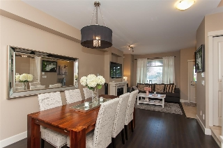 Main Photo: 72 2979 156 Street in Surrey: Grandview Surrey Townhouse for sale (South Surrey White Rock)  : MLS® # R2205931