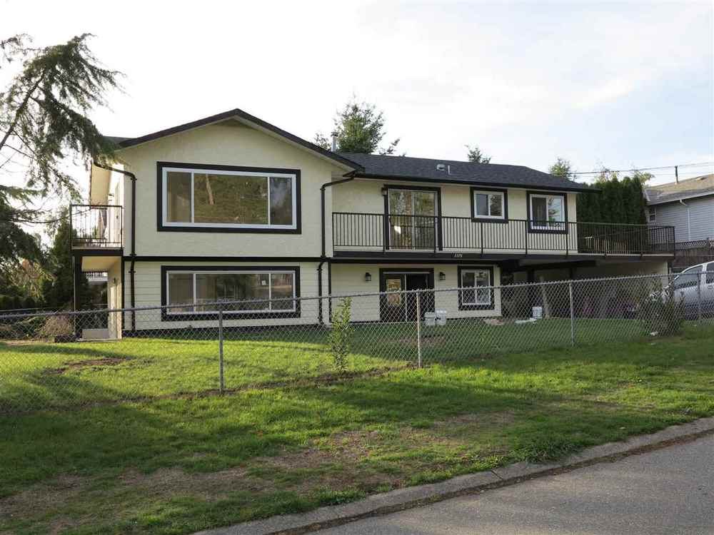 Main Photo: 1115 HABGOOD STREET in South Surrey White Rock: Home for sale : MLS® # R2008006