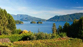 Main Photo: 81 CHADWICK Road in Gibsons: Gibsons & Area House for sale (Sunshine Coast)  : MLS® # R2217030