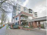 "Main Photo: 202 538 W 45 Avenue in Vancouver: Oakridge VW Condo for sale in ""THE HEMINGWAY"" (Vancouver West)  : MLS® # R2243541"