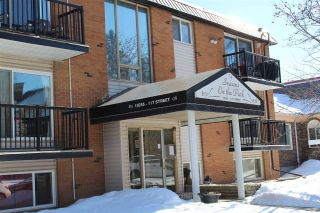 Main Photo:  in Edmonton: Zone 12 Condo for sale : MLS® # E4100701