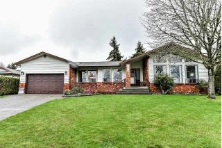 Main Photo: 15383 85 Avenue in Surrey: Fleetwood Tynehead House for sale : MLS®# R2257173
