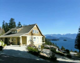 "Main Photo: 1221 ST ANDREWS RD in Gibsons: Gibsons & Area House for sale in ""MORNINGSTAR ESTATES"" (Sunshine Coast)  : MLS® # V576321"