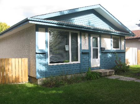 Main Photo: 22 PIRSON CR in Winnipeg: Residential for sale (Canada)  : MLS® # 1018500