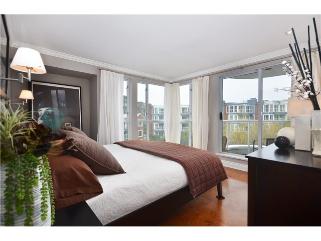 Photo 10: 307 1502 Island Park Walk in Vancouver: False Creek Condo for sale (Vancouver West)  : MLS® # v997121