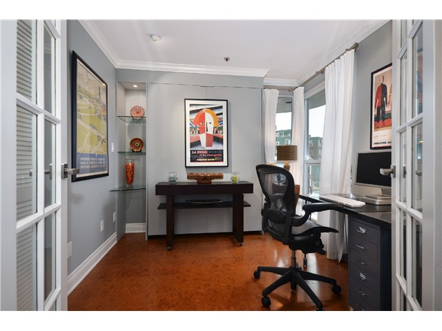Photo 6: 307 1502 Island Park Walk in Vancouver: False Creek Condo for sale (Vancouver West)  : MLS® # v997121