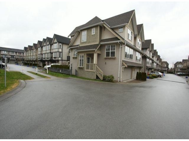 "Main Photo: 66 8089  209TH ST in Langley: Willoughby Heights Townhouse for sale in ""Arborel Park"" : MLS® # F1303396"